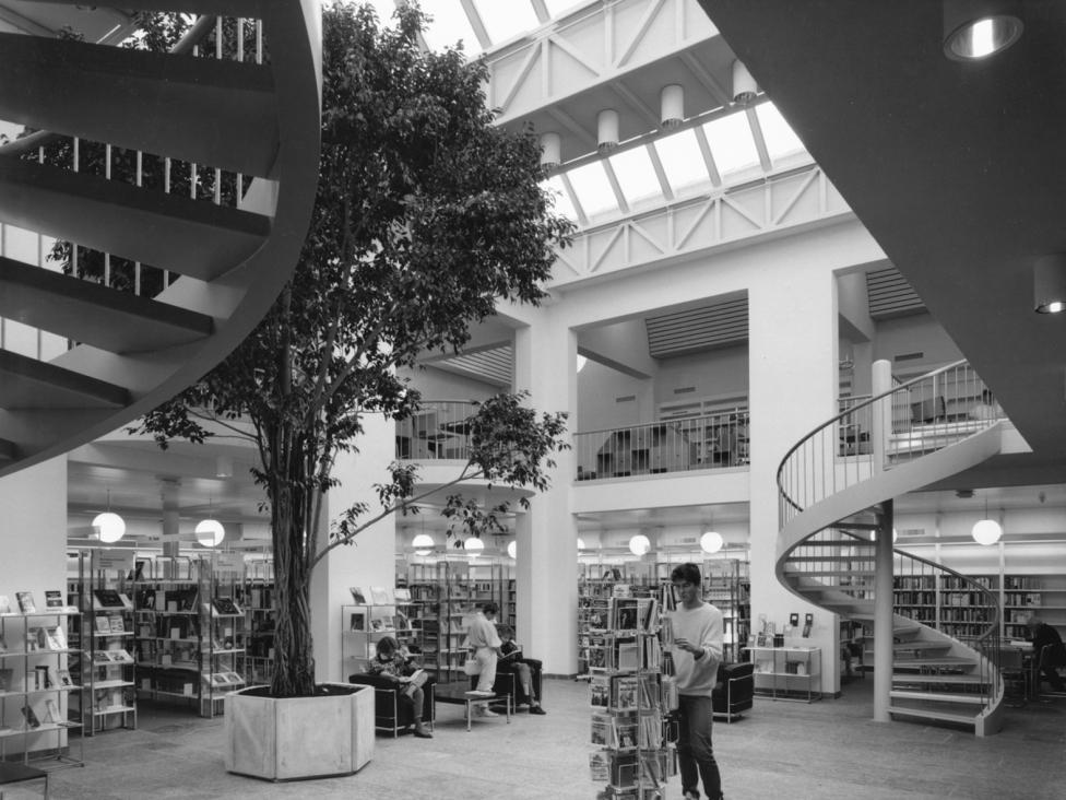 Stadt_Kantonsbibliothek_2